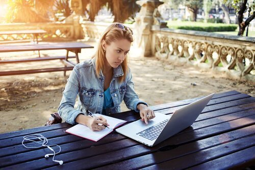 New Online Education Regulations Create Problems for Higher Ed